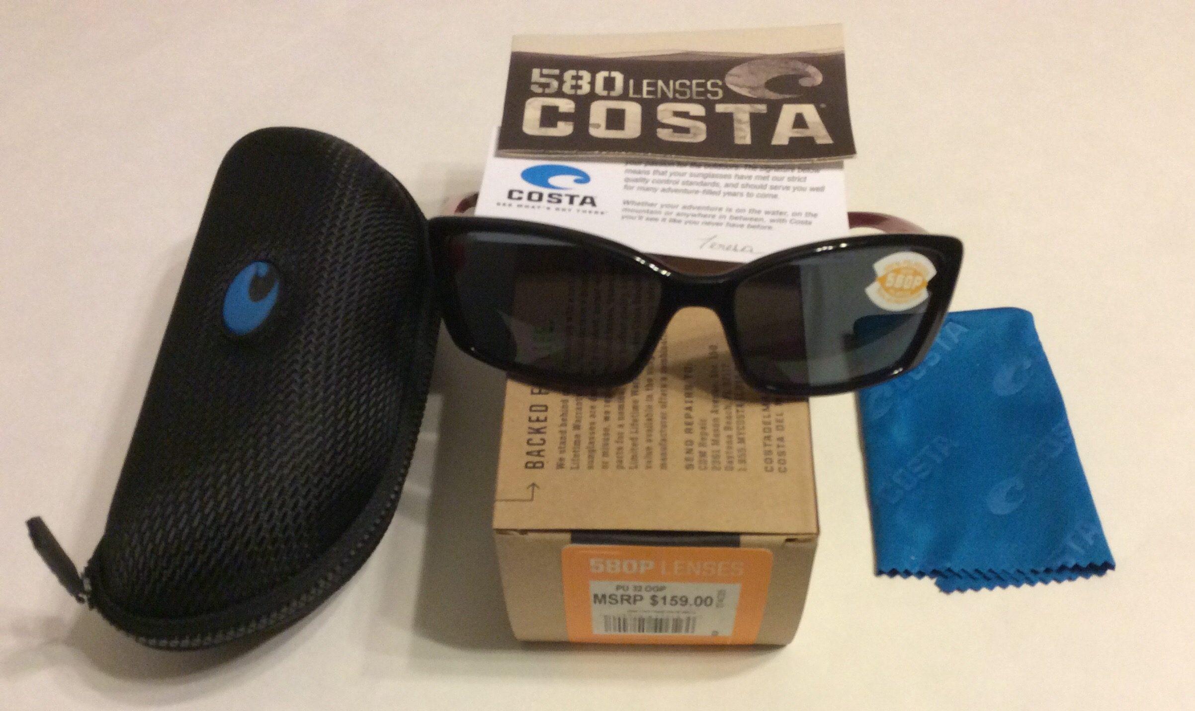 dc09f24913a72 Costa Del Mar Pluma Sunglasses - Black   Coral Red - POLARIZED Gray 580P