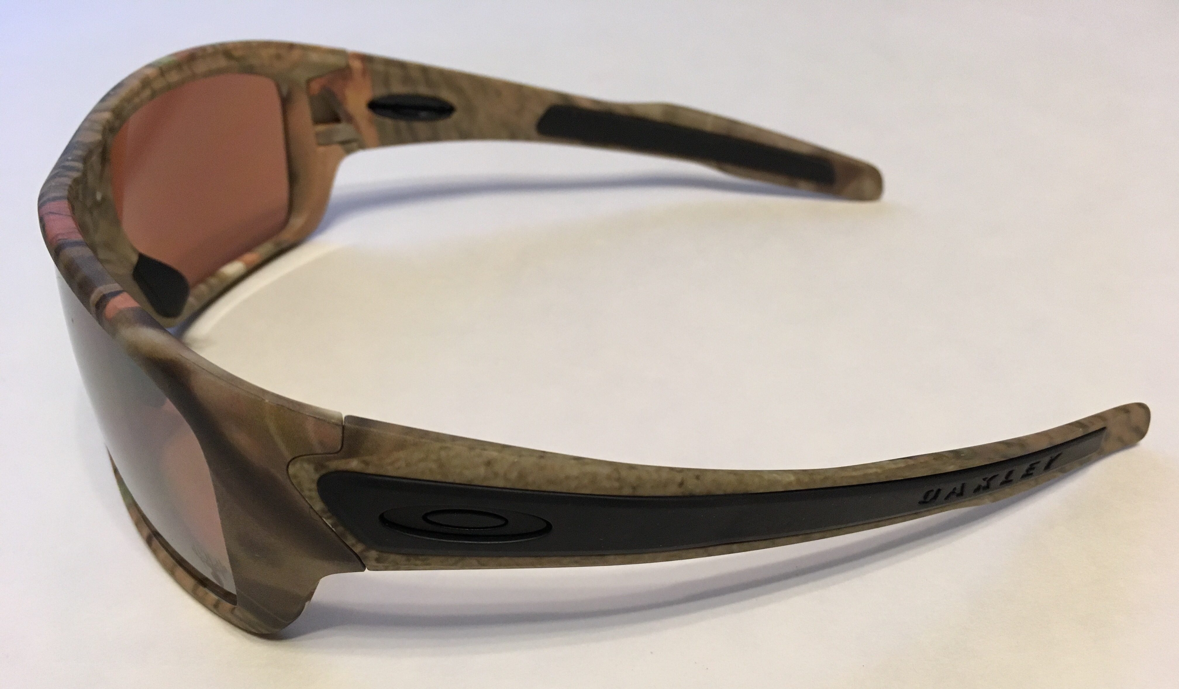 Classic Oakley Photochromic Glasses For sale Deep Brown Frame Ta