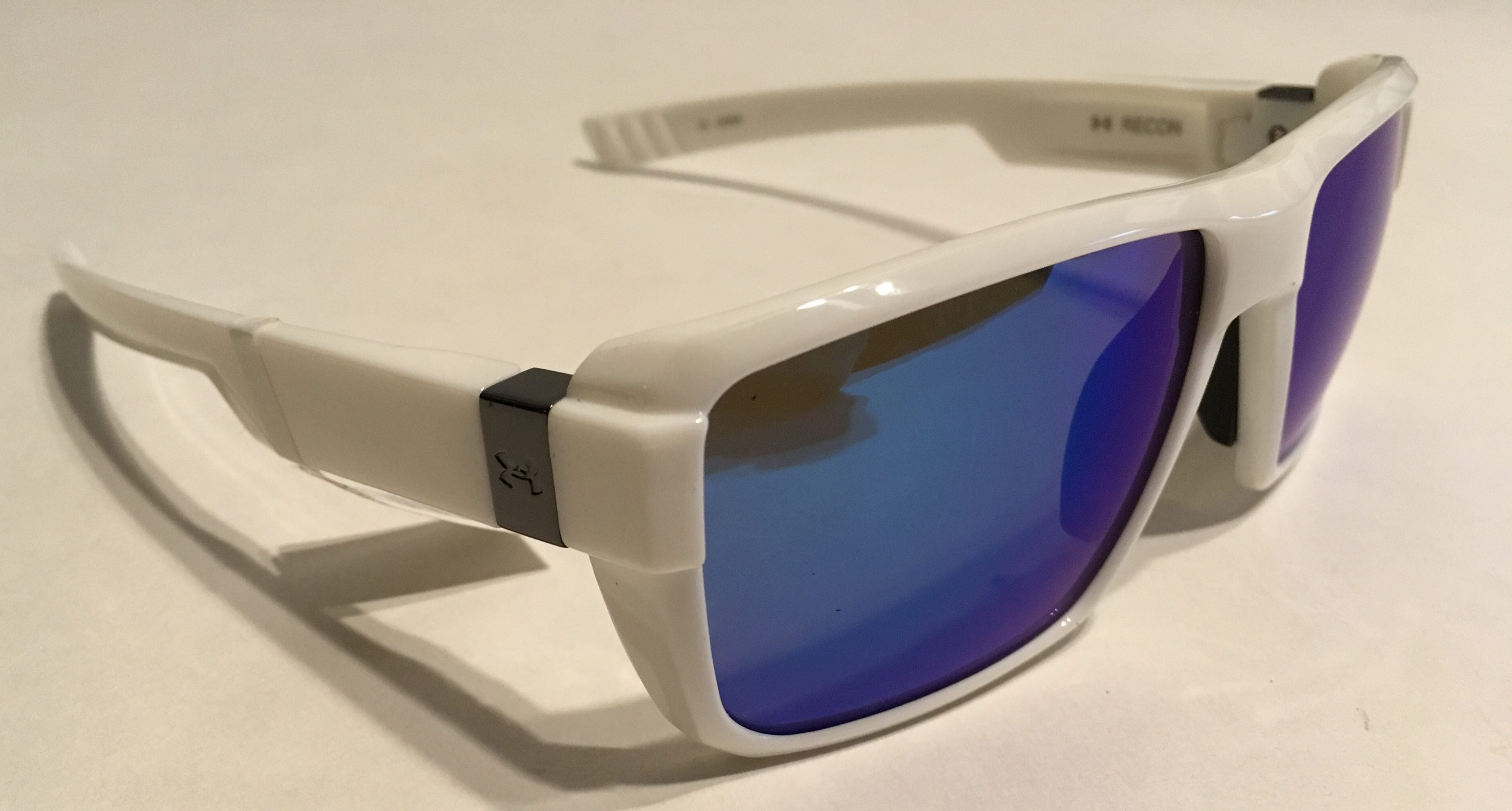 b150b72f9a Under Armour Recon Sunglasses UA - Shiny White - Blue Multiflection
