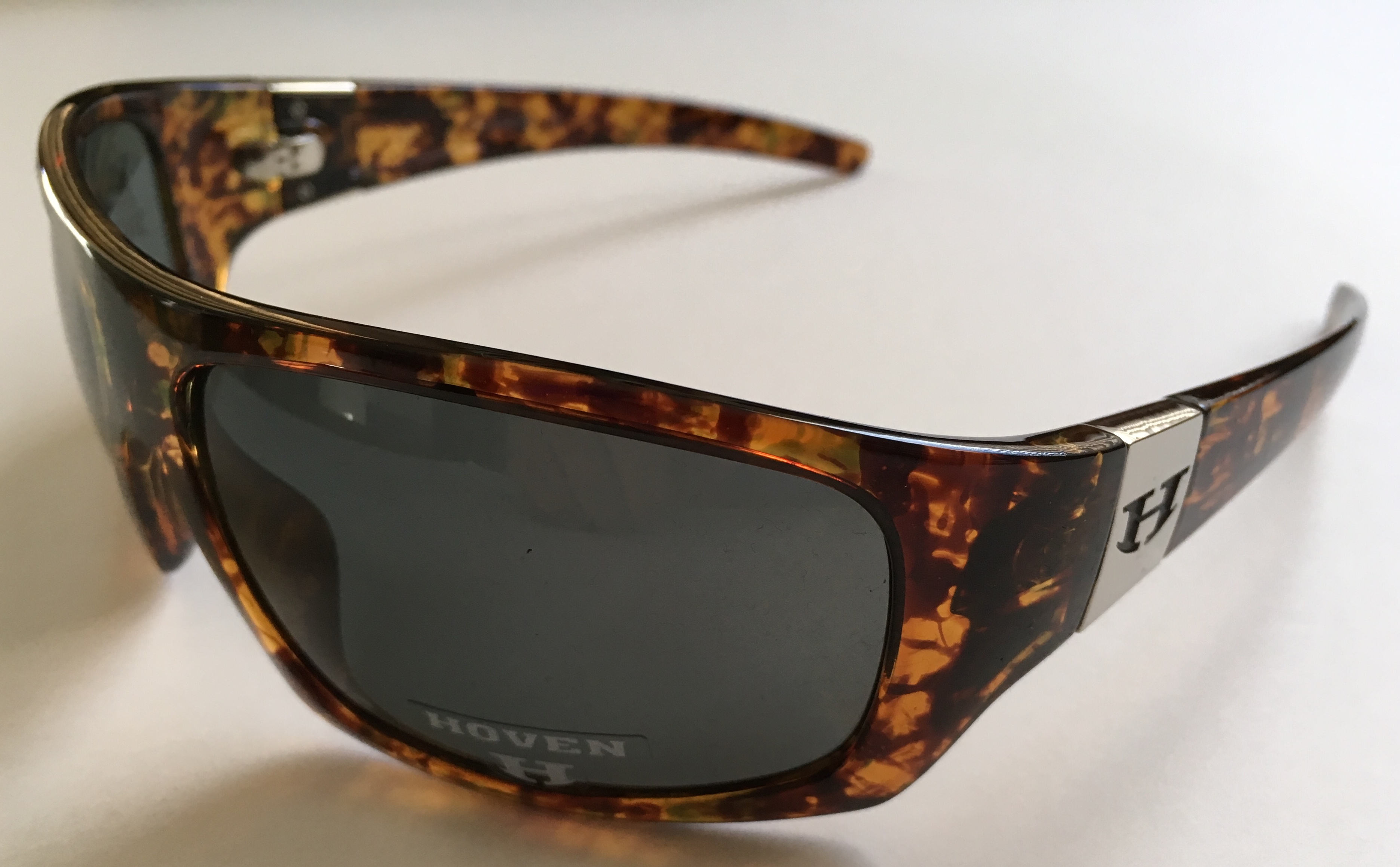 72d58fdcca Hoven Sunglasses Outlet