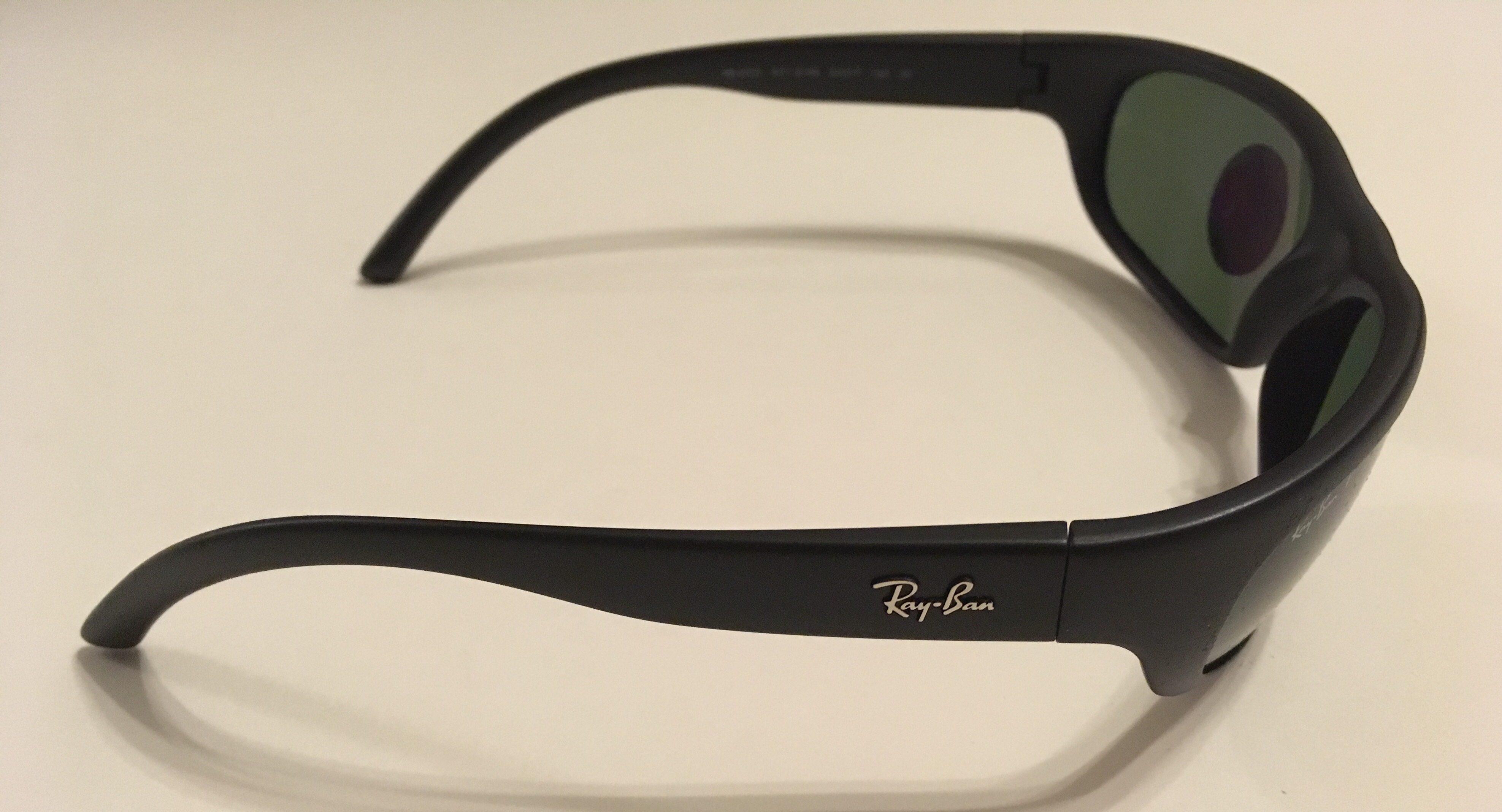7dc7108ef04 Ray-Ban Predator Sunglasses - Black Frame - POLARIZED Green RB4033 601S48