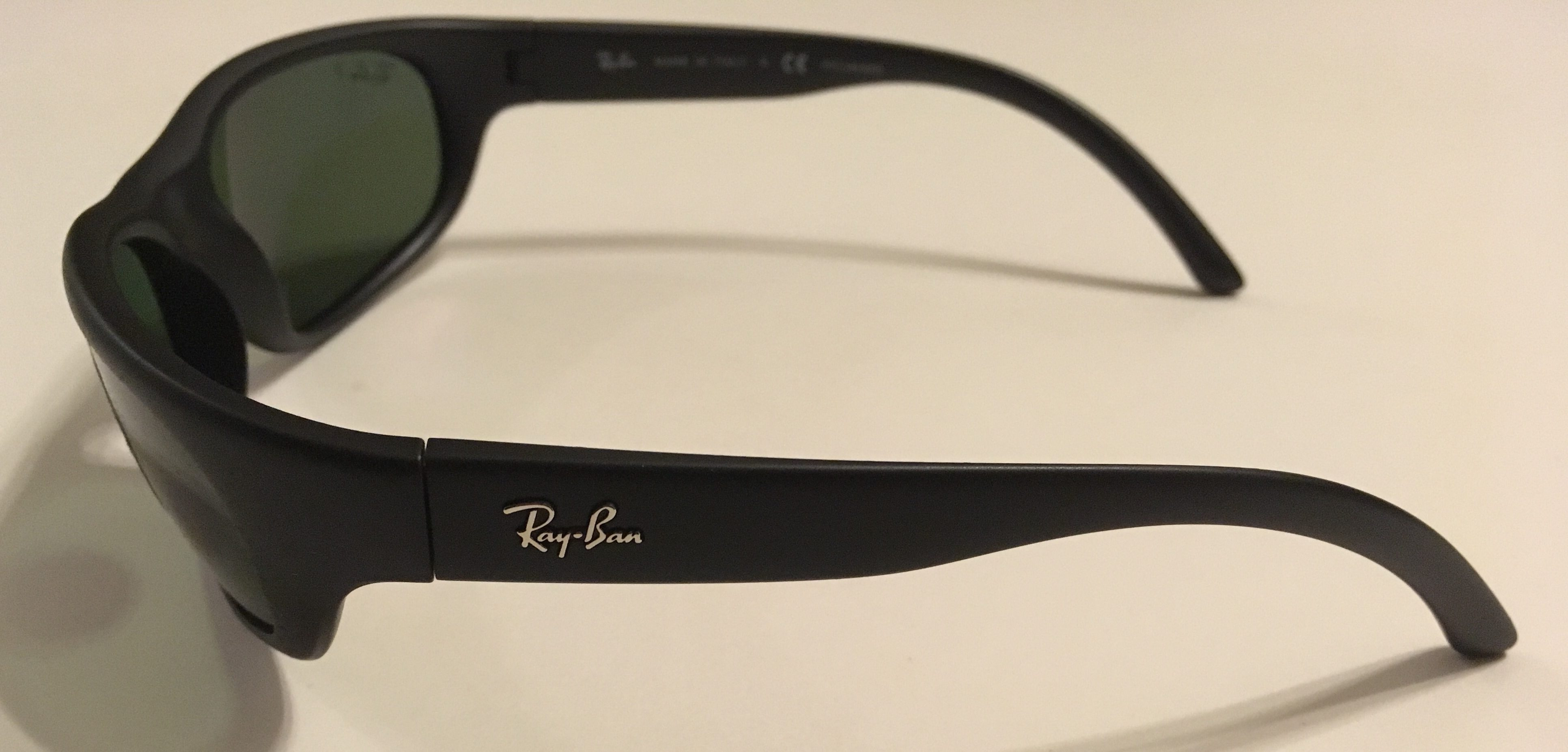7dc7108ef04 Ray-Ban Predator Sunglasses - Black Frame - POLARIZED Green RB4033 601S48
