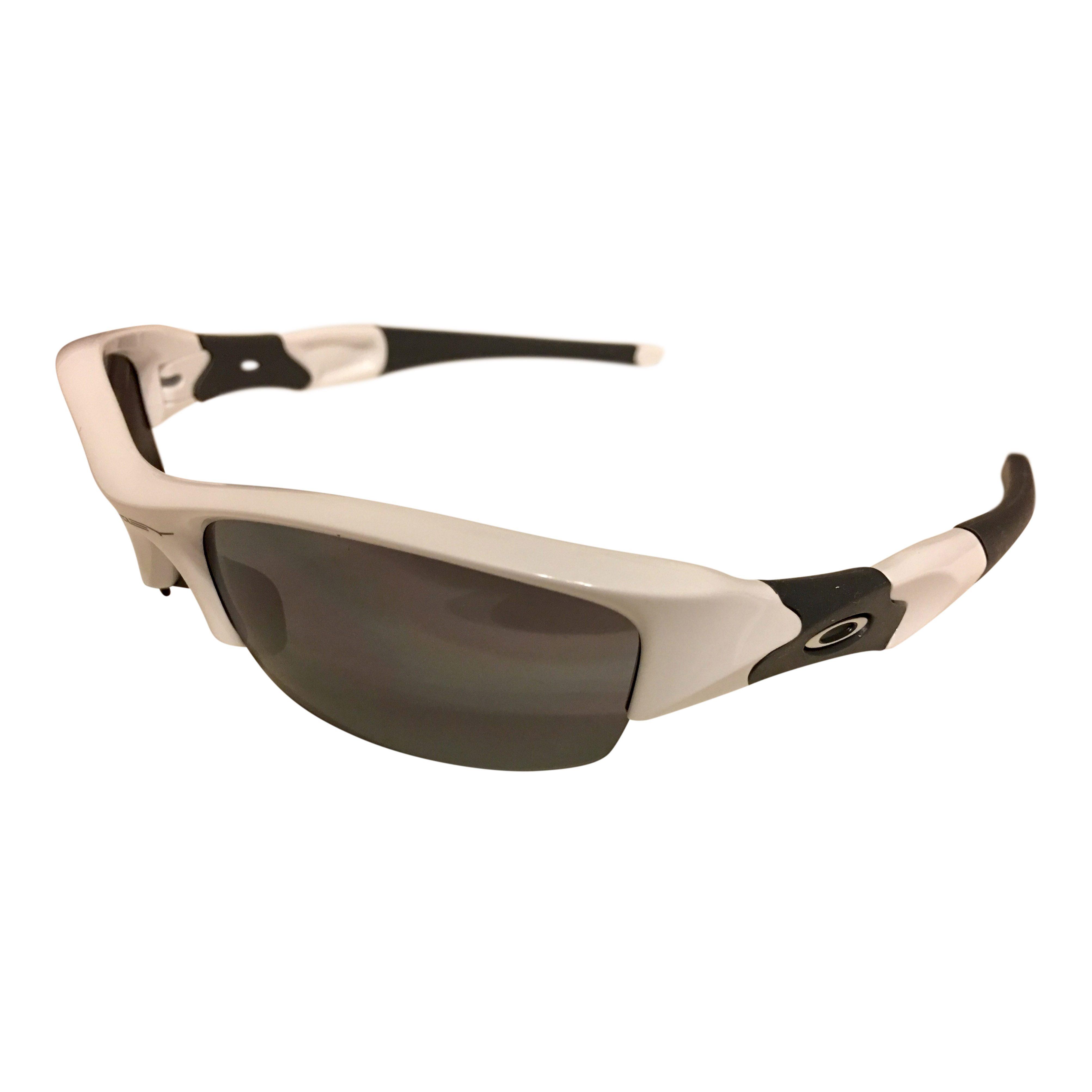 d1cfe2735b30c inexpensive oakley flak jacket sunglasses polished white frame black  iridium 03 882 a54f6 78676