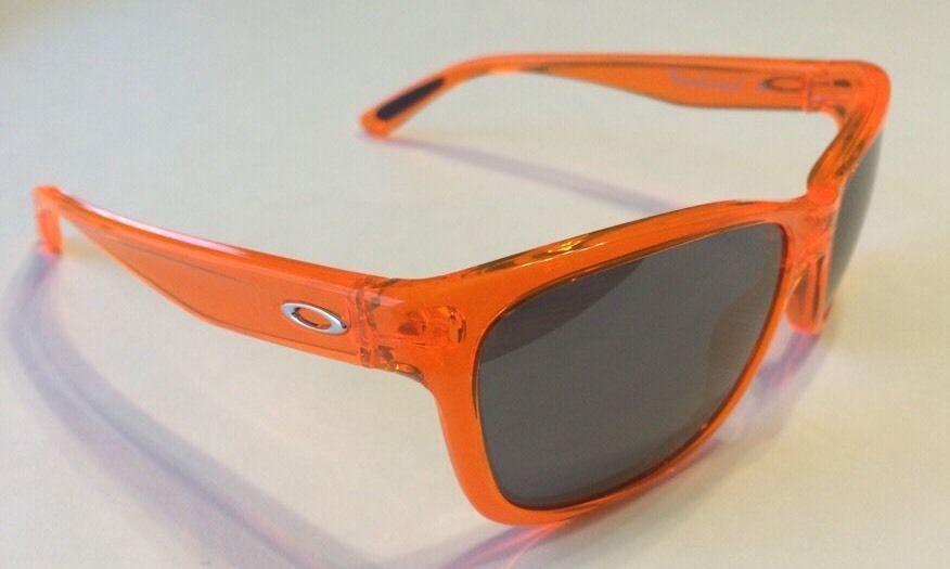 dce43de0195 White Oakleys With Orange Lens « Heritage Malta