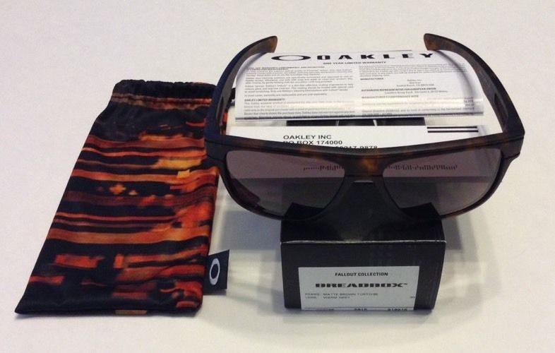 f734c9f78e2 Oakley Breadbox Lenses