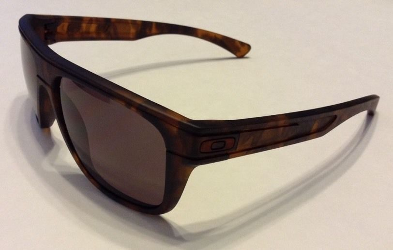 oakley breadbox black tortoise